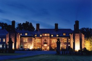 Llangoed Hall Hotel weddings